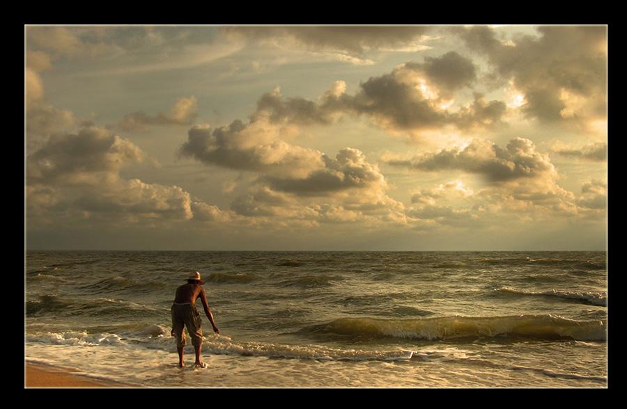 *** И пошел старик к самому синему морю.. ***