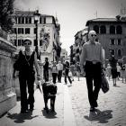 Двое с собакой на мосту