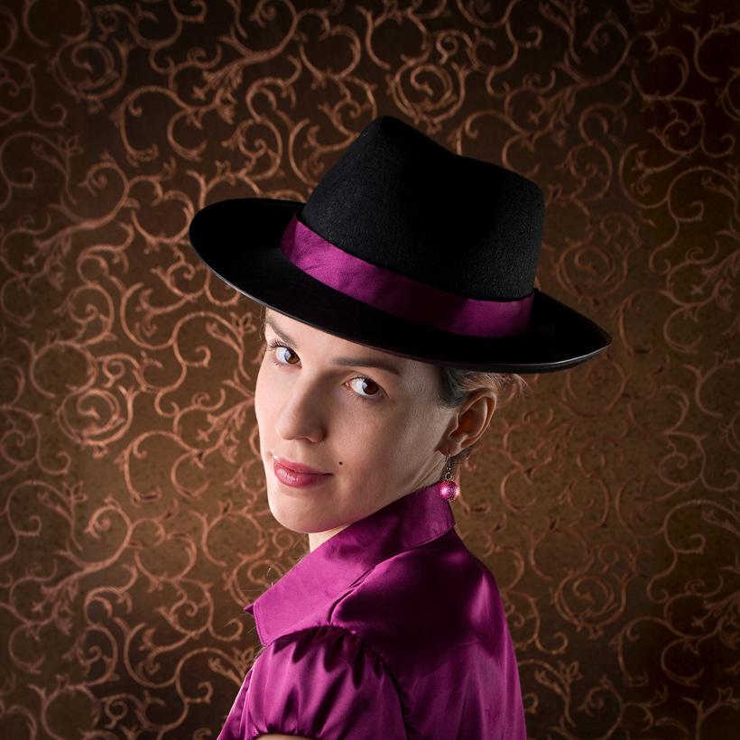 Портрет в стиле Saloon.