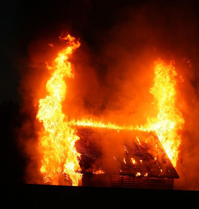 Пожар летней ночью
