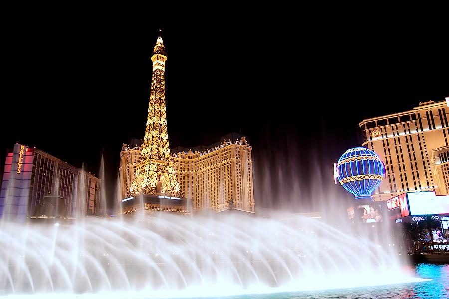 Поющие фонтаны в Лас Вегасе